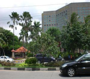 Shangri-La Hotel at Mayjend Sungkono street